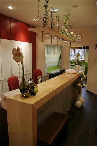 Firmengebäude Zahnzentrum Papert + Kollegen
