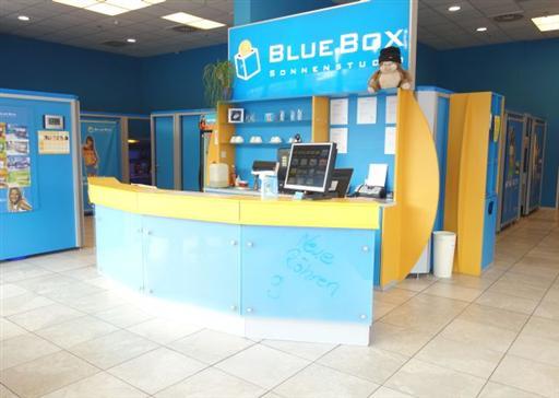 Firmengebäude Sonnenstudio BlueBox