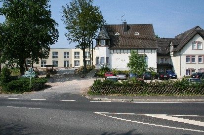 Firmengebäude Haus Hardt - St. Josef