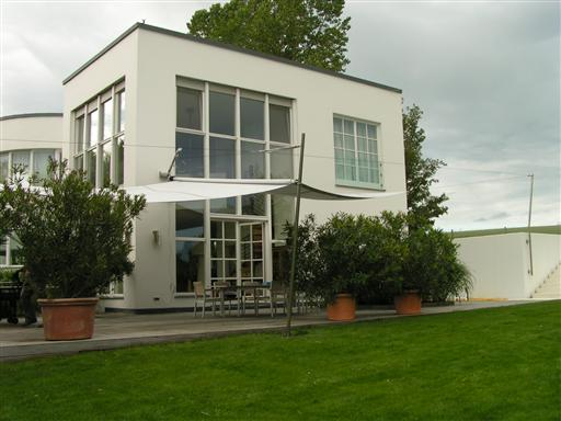 mcg engineering gmbh sonnensegel aufrollbar parsdorf 85599 yellowmap. Black Bedroom Furniture Sets. Home Design Ideas